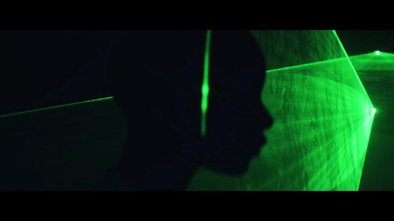 Housse de Racket – Le Rayon Vert on les inrocks